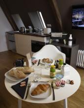 Le contenu du panier petit déjeuner suite de charme 4 étoiles AUBUSSON